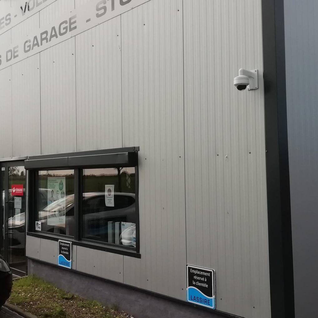 Pose d'un système de vidéo surveillance dans un entrepôt à Toussaint